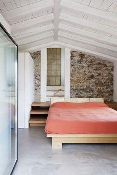 Farmhouse-Restoration-by-A2BC-Architects-and-SibillAssociati-13-682×1024