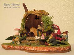La casa de la calabaza by FairyHomeShop on Etsy, $99.00