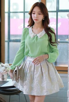 Green Pearl Collar Fashion Bubble Sleeve Tops - Morpheus Boutique