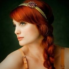 Google Image Result for http://www.elizabethharbison.com/wp-content/uploads/2011/04/Hair-Accessories.jpg