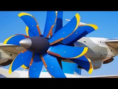 Revolutionary Airplane Propeller in Action | wordlessTech 2/4/17 Take a closer look at the An-70's revolutionary propulsion with counter-rotating propellers