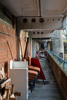 demolition of heygate jan 2014 Council Estate, Council House, South London, Old London, Elephant And Castle, London Architecture, Comic Art, Landscape Photography, Britain