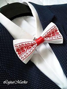 Čaká na vás 15 nových pinov - tonka. Cross Stitch Borders, Cross Stitch Flowers, Folk Embroidery, Bargello, Textile Art, Projects To Try, Textiles, Bows, Accessories