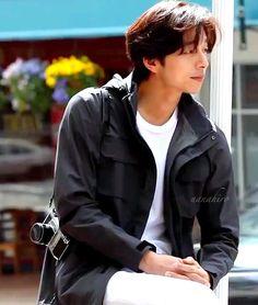 Asian Actors, Korean Actors, Gong Yoo Shirtless, Goblin The Lonely And Great God, Goong Yoo, Goblin Gong Yoo, Yoo Gong, Kyung Hee, Lee Dong Wook