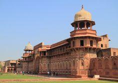 jahangiri mahal palace in agra fort