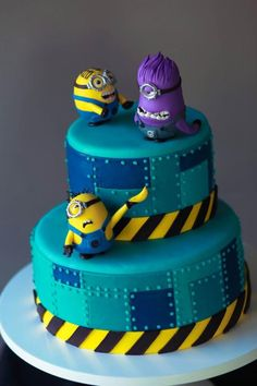 Despicable Me Cake | Sugar Sculpted Minions | Cake Artistry By The Mischief Maker