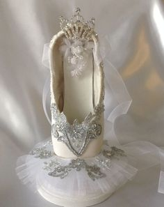 Tutu pointe shoe by DesignsEnPointe on etsy.com