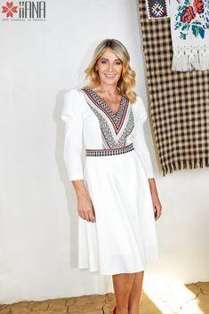 Nadia Comaneci for IIANA Nadia Comaneci, Folklore, Dresses With Sleeves, Long Sleeve, Beauty, Color, Fashion, Moda, Sleeve Dresses