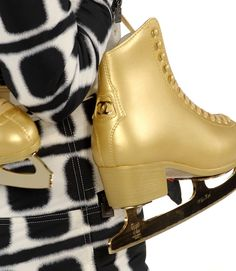 I was just saying the other day I wanted skates .GOLD Chanel skates - yes please Coco Chanel, Ice Skating, Figure Skating, Eislauf Outfits, Polyvore Outfits, Skates, Bcbg, Rubber Rain Boots, Footwear
