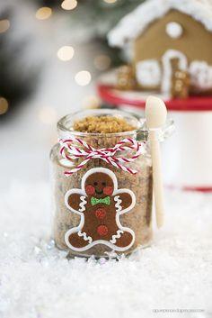 DIY-Gingerbread-Sugar-Scrub-1.jpg (700×1049)
