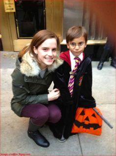 エマ・ワトソンが街でハリーポッターの格好をした少年にかけた言葉が素敵すぎる