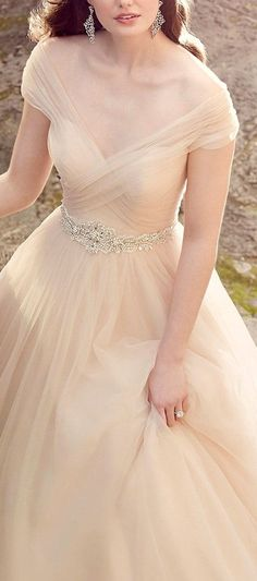 Timeless chiffon champagne wedding dress with DIY rhinestone belt from Essence of Australia. Enjoy RUSHWORLD boards, WEDDING GOWN HOUND, VINTAGE VIXEN HAUTE COUTURE and LULU'S FUNHOUSE. Follow RUSHWORLD! We're on the hunt for everything you'll love!