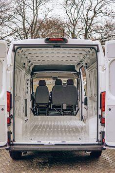 Buddies stellen sich vor: Peugeot Boxer-Camper von Anni und André Mini Camper, Popup Camper, Vw T5, Peugeot, Vw Lt 28, Ford Transit Custom, Sprinter Camper, Camper Van Conversion Diy, Bus Life