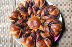 Nutella Flower Bread Recipe - How to Make Nutella Star Bread Recipe - Eggless Recipe - blogs de Recipes
