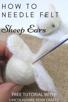 Fast, easy and effective way to create little needle felted sheep ears.Skill Level: complete beginnersTime to make: 10 minutesYou will need:Felting needle or 38 gauge) Kit needles are size of wool top/roving or batting Needle Felted Cat, Needle Felting Kits, Needle Felting Tutorials, Needle Felted Animals, Wet Felting, Felt Animals, Sheep Ears, Felt Animal Patterns, Sheep Crafts