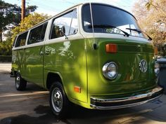 This 1976 Volkswagen Type 2 looks nice and fresh following cosmetic restoration. Both paint and interior are new, and the very 70's shade of green suits the bus perfectly. Said to run great with no leaks or transmission problems, the seller notes a recent valve adjustment, good brakes and tires