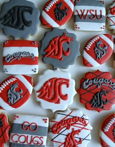 Over the past weekend was the apple cup this is not only a big event in Pullman but also the Seattle region since UW is involved. Everyone picks a side and sticks to it. Who ever wins or loses gets bragging rights making it a huge deal Rachel C. Cupcake Cookies, Sugar Cookies, Football Cookies, Football Football, Apple Cup, Washington State University, Jamel, Incredible Edibles, Cookie Designs