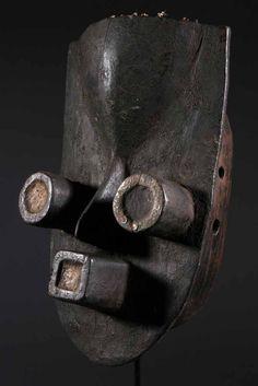 Liberia, Steel Sculpture, Sculpture Art, Totems, Costume Quest, Statues, Tragedy Mask, Pan Africanism, Art Tribal