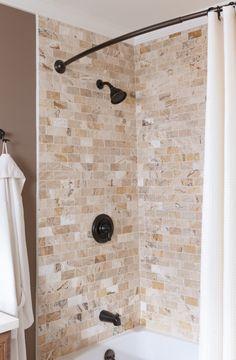 Pennwest Homes Magnifique LXA Cambridge Ranch Collection Master - 4 x 6 tile shower