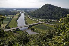 Die Porta Westfalica  wo Kaiser Wilhelm an der Weser Wacht hält