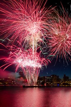 4th of July Fireworks in Downtown Portland Oregon