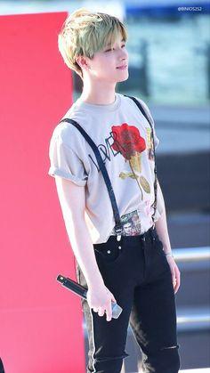 Jinhwan Ikon Member, Jay Song, Ikon Kpop, Ikon Wallpaper, Ikon Debut, Kim Hanbin, Kim Jin, Boys Like, Kpop Outfits
