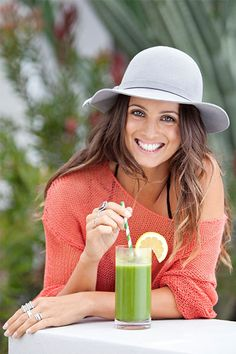 We love Melissa Ambrosini! Meet the inspiring health coach, writer and speaker