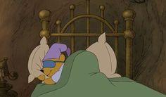 "12 Life lessons of Winnie the Pooh. ""Sleep in. Makes sense"". Old Disney, Disney Love, Disney Magic, Disney Pixar, Disney Characters, Disney Winnie The Pooh, Winnie The Pooh Quotes, Pooh Bear, Tigger"