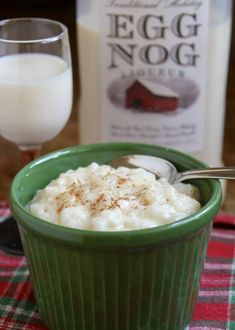 Eggnog Rice Pudding ~ (Easiest Recipe Ever, with Liqueur and No Stirring) - Christina's Cucina Biscotti, Salmon Fish Cakes, Winter Desserts, Christmas Desserts, Christmas Eve, Creamy Rice Pudding, Dessert Crepes, Mousse, E Claire