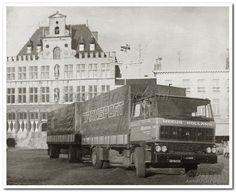 Grote Markt Bergen op Zoom (jaartal: 1970 tot 1980) - Foto's SERC