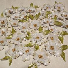 Papierowo zakręcona    : Kwiatki z wykrojnika i stempla Heartfelt Creations...