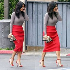 Kim Kardashian street style with Alexander Wang pencil skirt and Louboutin shoes (October 2014). #kimkardashian