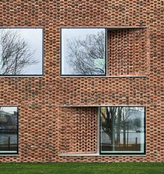 Dominique Coulon adopts terracotta tones for riverside retirement home near Basel - Dr Wong - Emporium of Tings. Brick Design, Facade Design, Architecture Design, Chinese Architecture, Architecture Office, Futuristic Architecture, Brick Projects, Brick Detail, Stone Facade