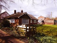 3 bedroom detached bungalow for sale in Selby Road, Thorne, Doncaster - Rightmove. Bungalows For Sale, Property For Sale, Houses, Cabin, House Styles, Home Decor, Homes, Decoration Home, Room Decor