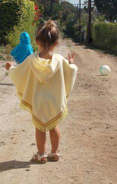 www.beachbabylove.com >> Baby Beach Poncho / Baby Towel