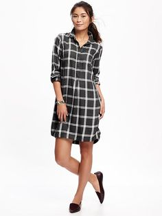 I like the Black/White Plaid. Size: Medium. Didn't see this in the stores