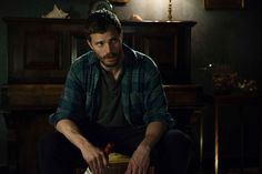 Jamie Dornan Interview on The Fall, Fifty Shades, and Once Upon a Time #jamiedornan #thefall #onceuponatime