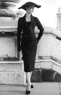 ac393a07f375a Dior années 50 Mode Noir Et Blanc, Tailleur Jupe, Année 50 Mode, Robe