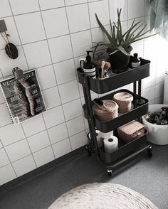 Home Interior Kitchen 66 Quick and Easy Bathroom Storage and Organization Tips.Home Interior Kitchen 66 Quick and Easy Bathroom Storage and Organization Tips Diy Bathroom Decor, Simple Bathroom, Decor Room, Bedroom Decor, Home Decor, Bathroom Cart, Bathroom Ideas, Ikea Bathroom Storage, Ikea Bedroom Design