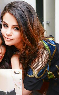 Selena Gomez Daily, Alex Russo, Girls Braids, Marie Gomez, Pop Singers, Her Smile, Celebs, Celebrities, Beauty Queens