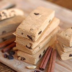 Fudgy Cinnamon Raisin PB Protein Bars -- easy, no bake and secretly healthy!