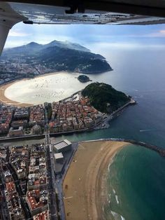 Donosti Bilbao, San Sebastian Spain, Cultural Capital, Basque Country, Earth From Space, World Cities, Photos Du, Airplane View, Places To Go