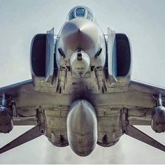 Air Race, The Mighty Phantom With Attitude! Military Jets, Military Aircraft, Air Fighter, Fighter Jets, Photo Avion, F4 Phantom, Jet Plane, Nose Art, Fighter Aircraft