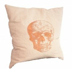 Pillow with skull