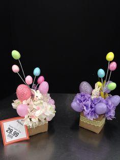 2015 Laura A. Easter Flower Arrangements, Floral Arrangements, Easter Table Decorations, Easter Activities, Hoppy Easter, Easter Party, Easter Wreaths, Spring Crafts, Easter Baskets