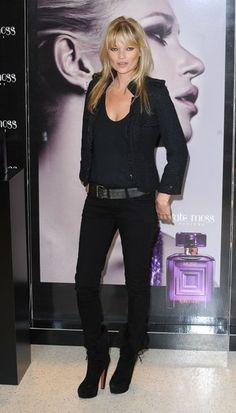 Kate Moss debuts new perfume