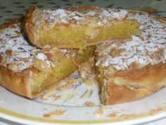 Tarte de Amêndoa - The best recipes from Portugal Portuguese Desserts, Portuguese Recipes, Portuguese Food, Sweet Pie, Sweet Tarts, My Favorite Food, Favorite Recipes, Cheesecakes, Good Food