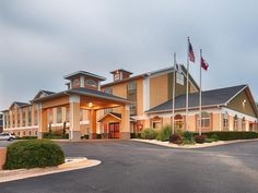Searcy (AR) Best Western PLUS Searcy Inn United States, North America Best Western PLUS Searcy Inn is a popular choice amongst travelers in Searcy (AR), whether exploring or just passing through. The hotel offers a wide range of amenities and perks to ensure you have a great time. Take advantage of the hotel's 24-hour front desk, facilities for disabled guests, Wi-Fi in public areas, car park, meeting facilities. Television LCD/plasma screen, whirlpool bathtub, non smoking roo...