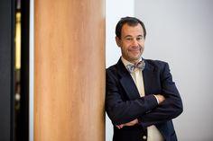 Jeden z najväčších kritikov sociálnych sietí, český neurológ Martin Jan Stránský pôsobiaci aj na prestížnej americkej Yale University, sa už dlhodobo venuje otázke vzdelávania. V septembri strávil niekoľko dní na Slovensku, kde okrem prednášky pre zamestnancov O2 odpovedal aj na zopár našich otázok o učení, myslení a komunikácii.