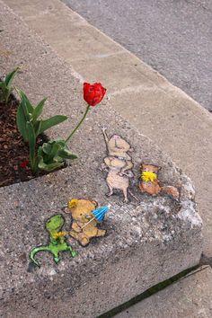 Street art, David Zinn More David Zinn, 3d Street Art, Street Art Graffiti, Street Artists, Graffiti Artists, Chalk Pictures, 3d Pictures, Chalk Artist, Pavement Art